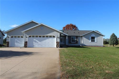 Photo of 1526 FOXFIRE Court, WAUPACA, WI 54981 (MLS # 50231878)