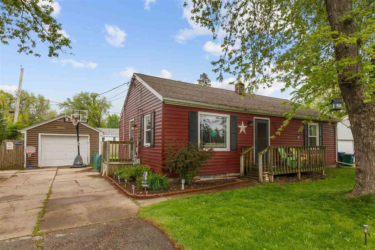 Photo for 2711 W HIGHWAY Drive, APPLETON, WI 54914 (MLS # 50241883)
