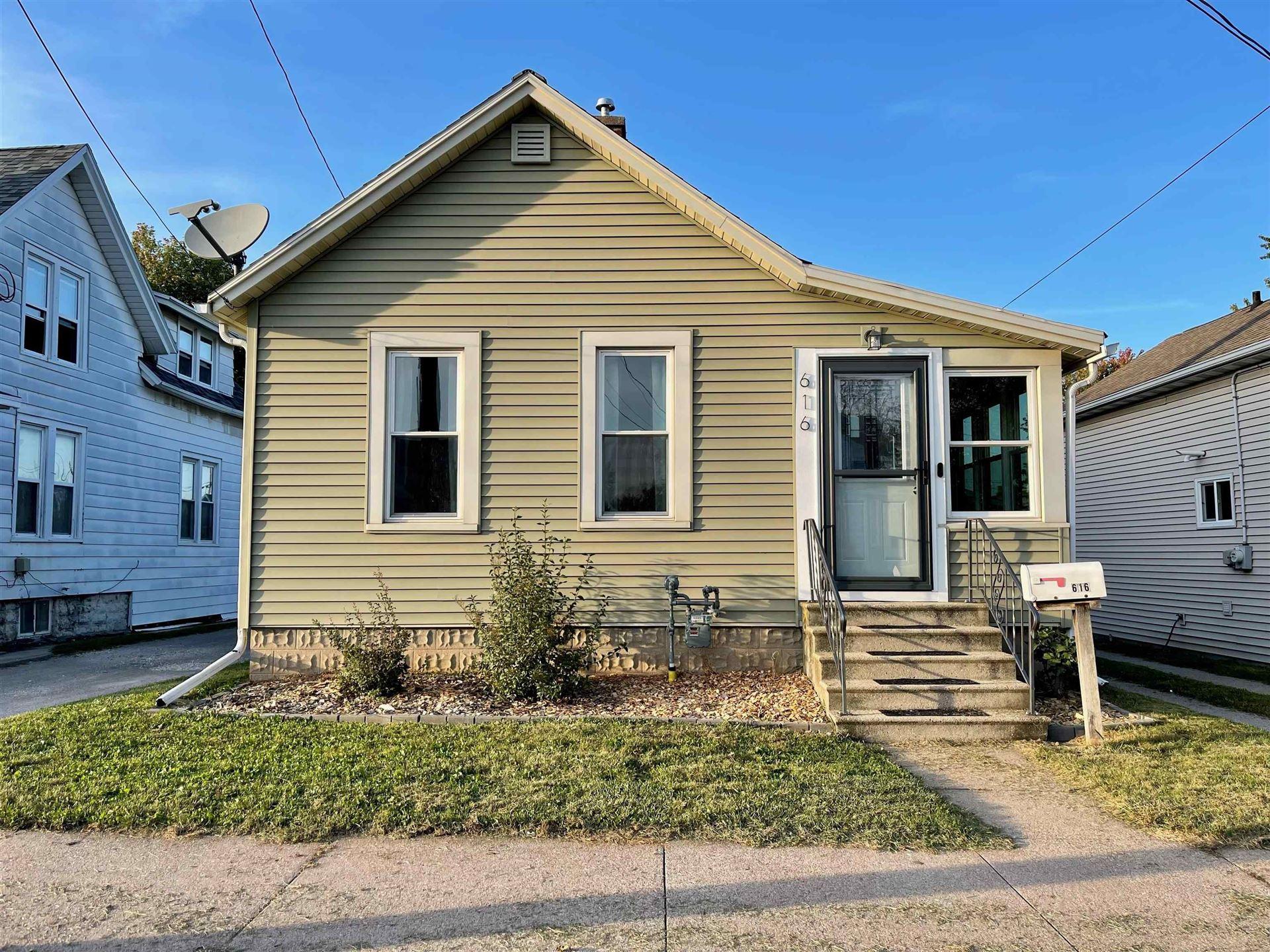 616 W 10TH Avenue, Oshkosh, WI 54902 - MLS#: 50248883