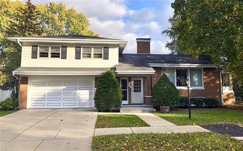 Photo of 1421 CORAL Court, GREEN BAY, WI 54304 (MLS # 50212890)
