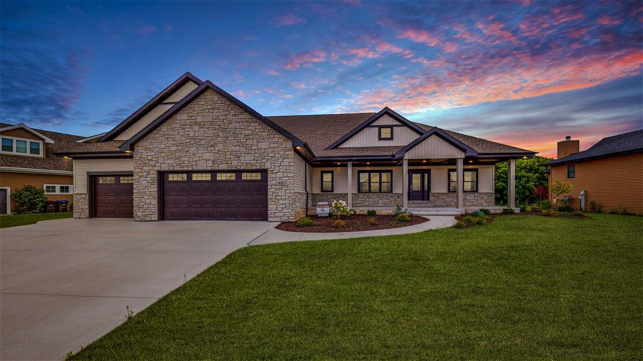 435 WOODFIELD PRAIRIE Way, Hobart, WI 54155 - MLS#: 50226901