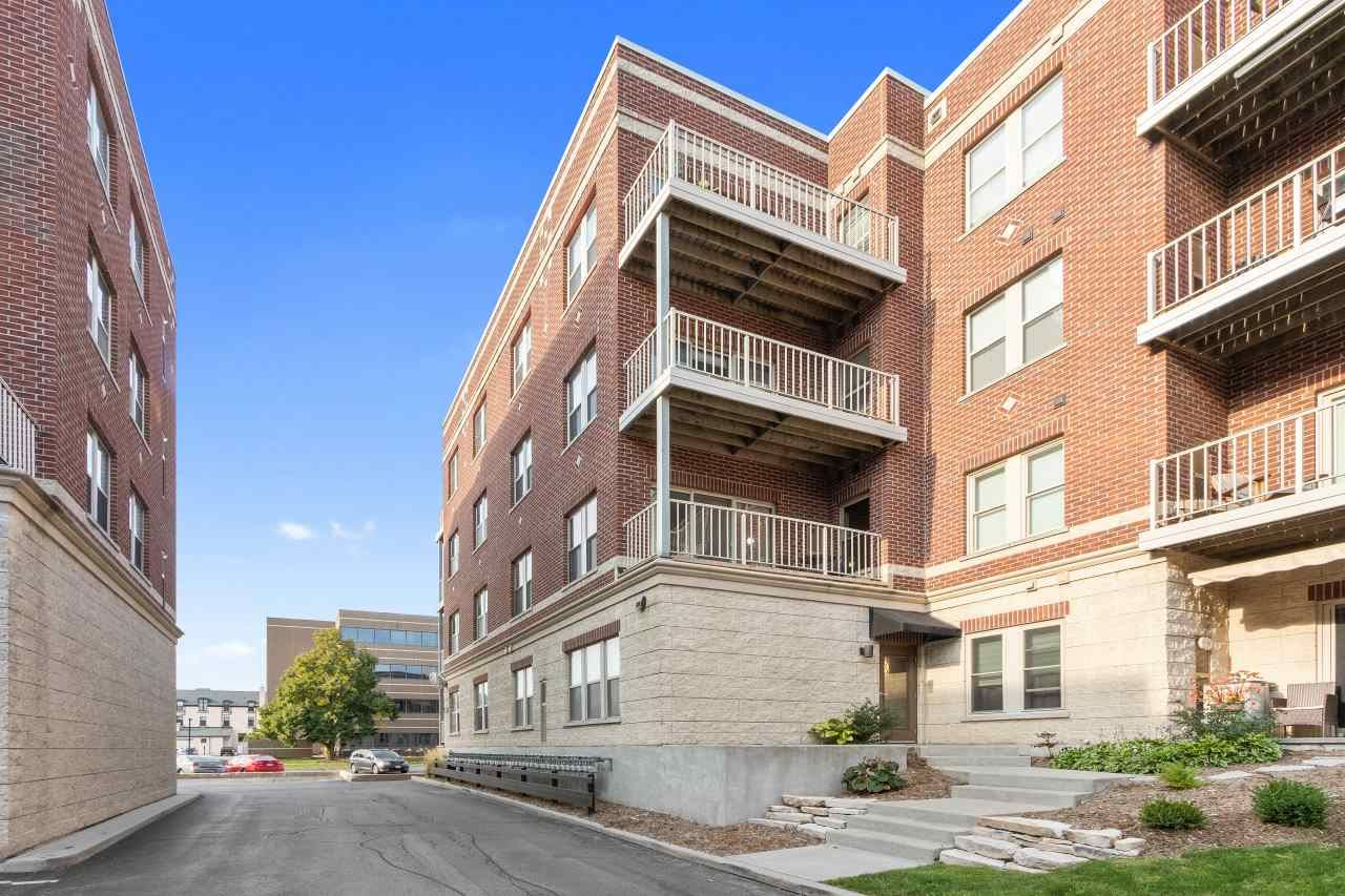 118 S WASHINGTON Street #221B, Green Bay, WI 54301 - MLS#: 50229905