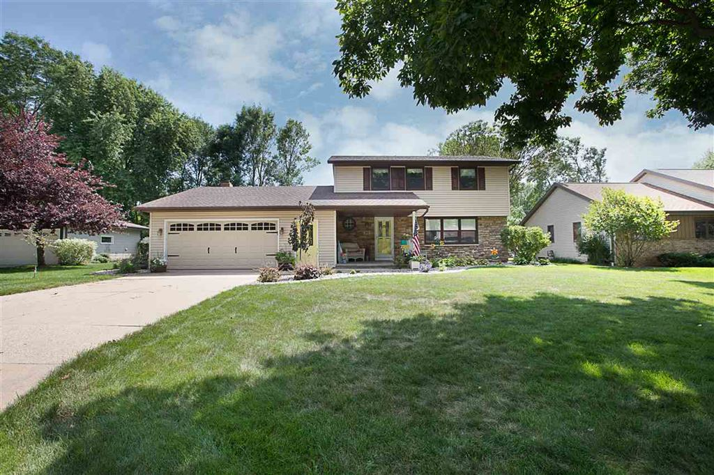 Photo for 46 PARTRIDGE Court, APPLETON, WI 54915 (MLS # 50208912)