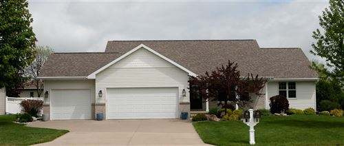 Photo of 5488 SERENITY Court, APPLETON, WI 54914 (MLS # 50222917)