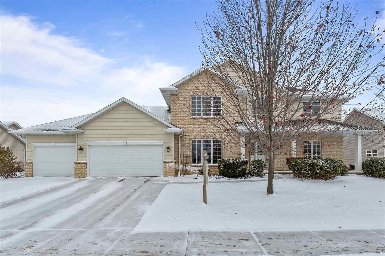 Photo for 2604 E SUNDANCE Drive, APPLETON, WI 54913 (MLS # 50210917)