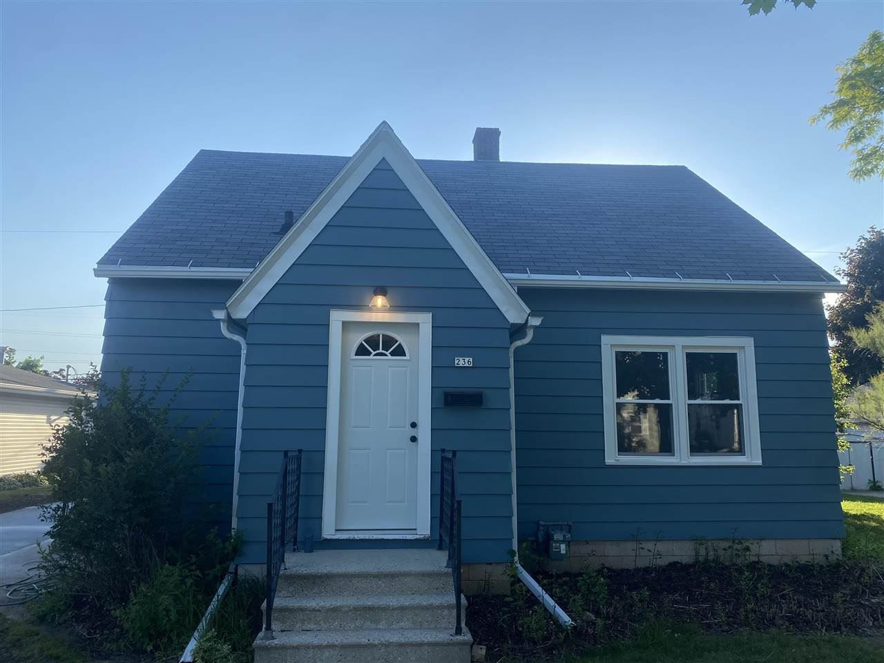 236 S JOHN Street, Kimberly, WI 54136 - MLS#: 50241919