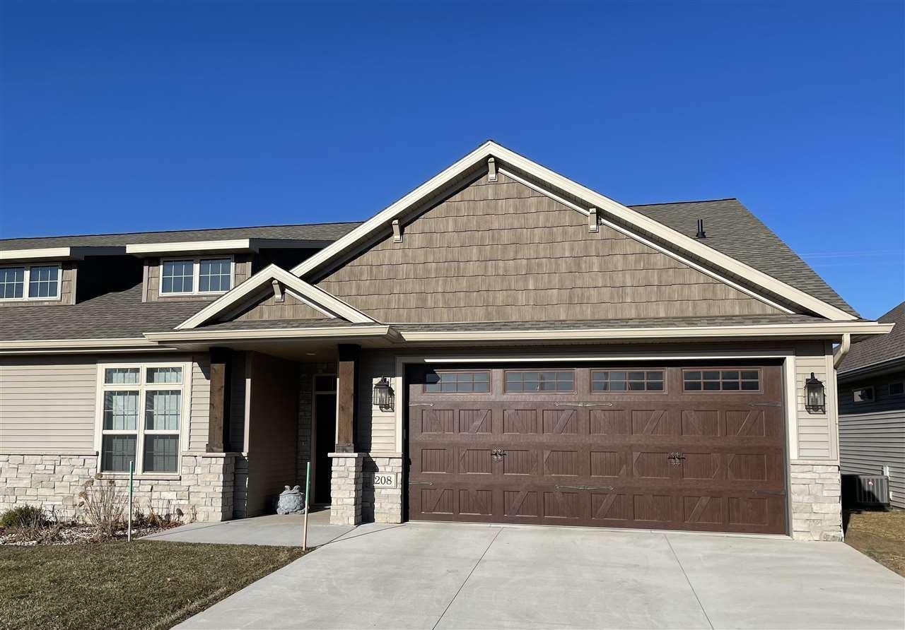 208 SMITHFIELD Drive, Kimberly, WI 54136 - MLS#: 50237924