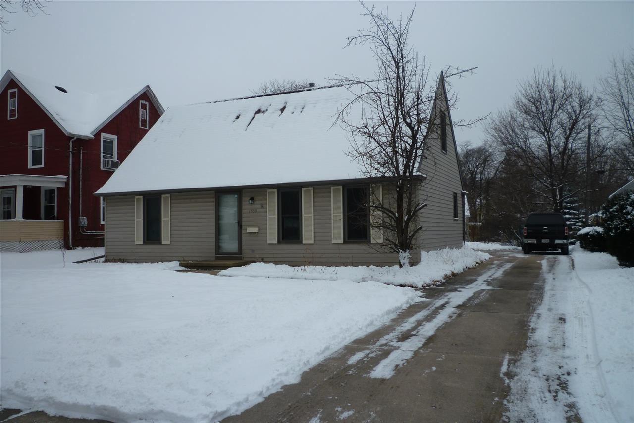 1533 S MEMORIAL Drive, Appleton, WI 54915 - MLS#: 50233925
