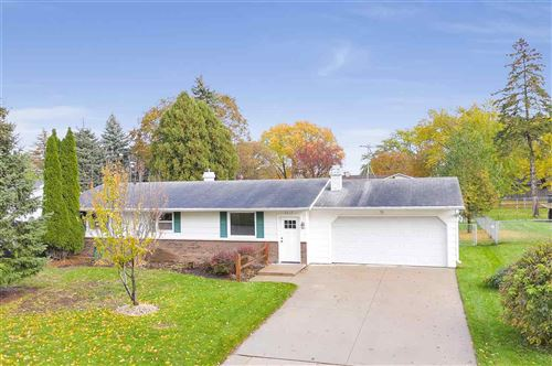 Photo of 2217 BARBERRY Lane, GREEN BAY, WI 54304 (MLS # 50212929)