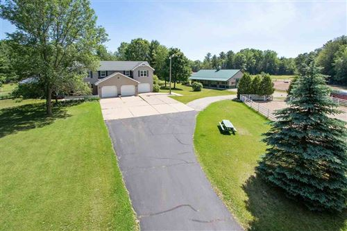Photo of 1872 SUSIE Drive, SUAMICO, WI 54173 (MLS # 50205930)