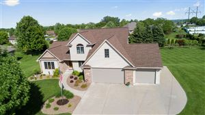Photo of 934 PINECREST Road, HOWARD, WI 54313 (MLS # 50204939)