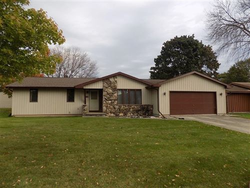 Photo of 2136 N CONNIES Court, APPLETON, WI 54914 (MLS # 50249944)