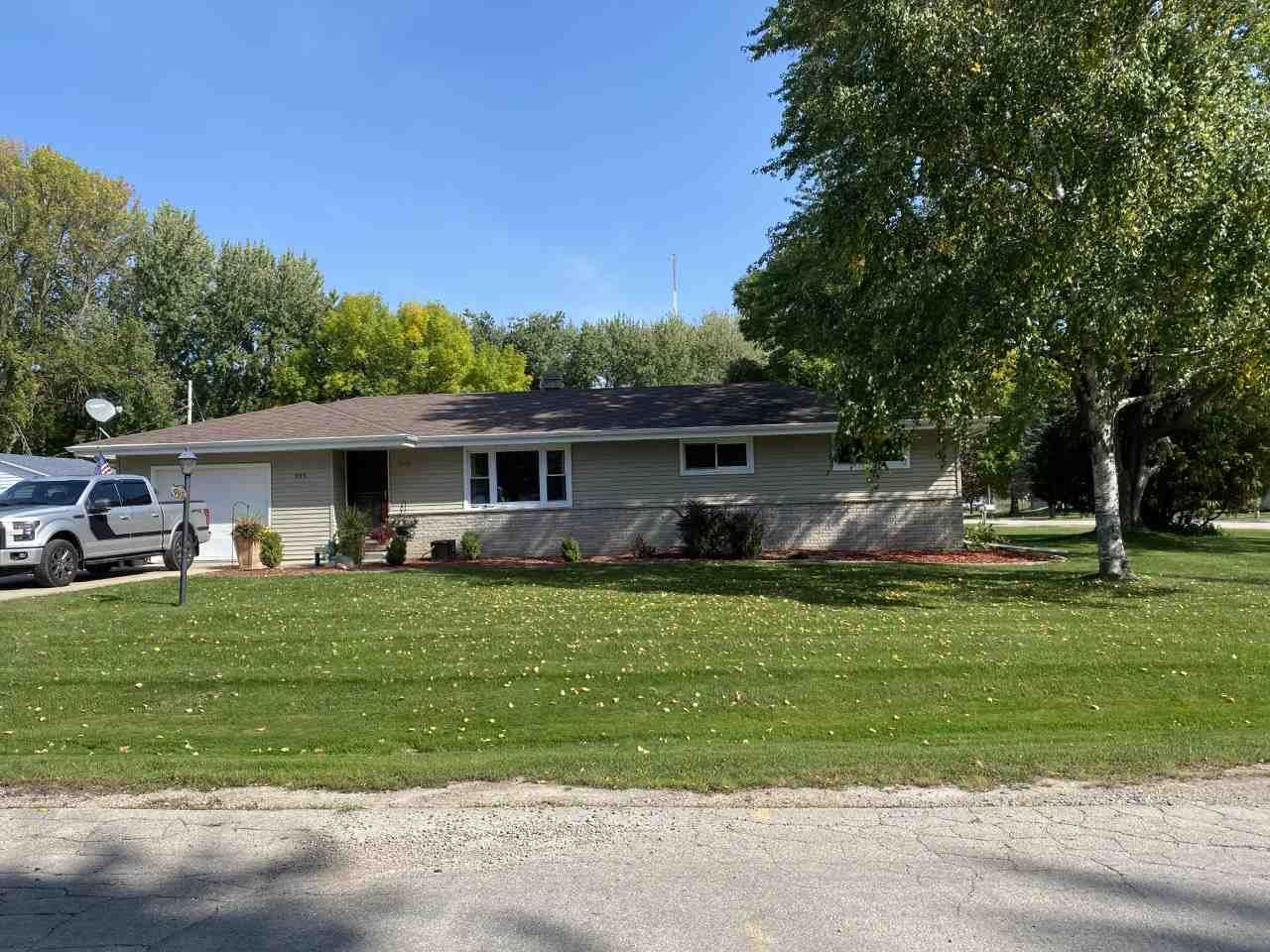 995 HOME Avenue, Menasha, WI 54952 - MLS#: 50229947