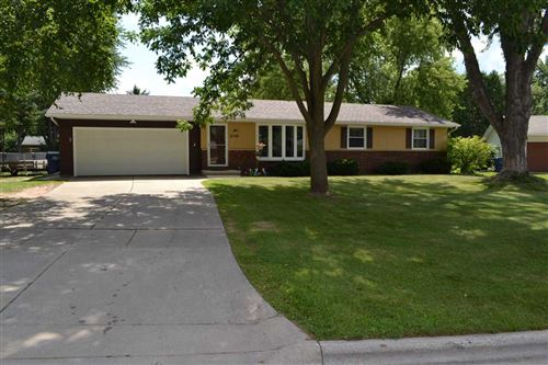 Photo of 2120 ANDY JOHN Court, GREEN BAY, WI 54311 (MLS # 50226953)