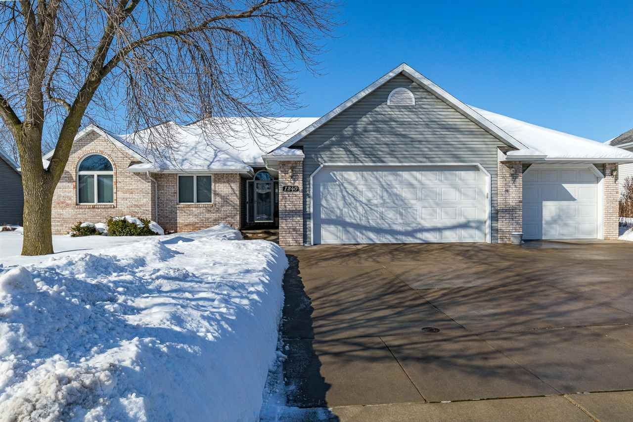 1240 DEER HAVEN Drive, Menasha, WI 54952 - MLS#: 50235954