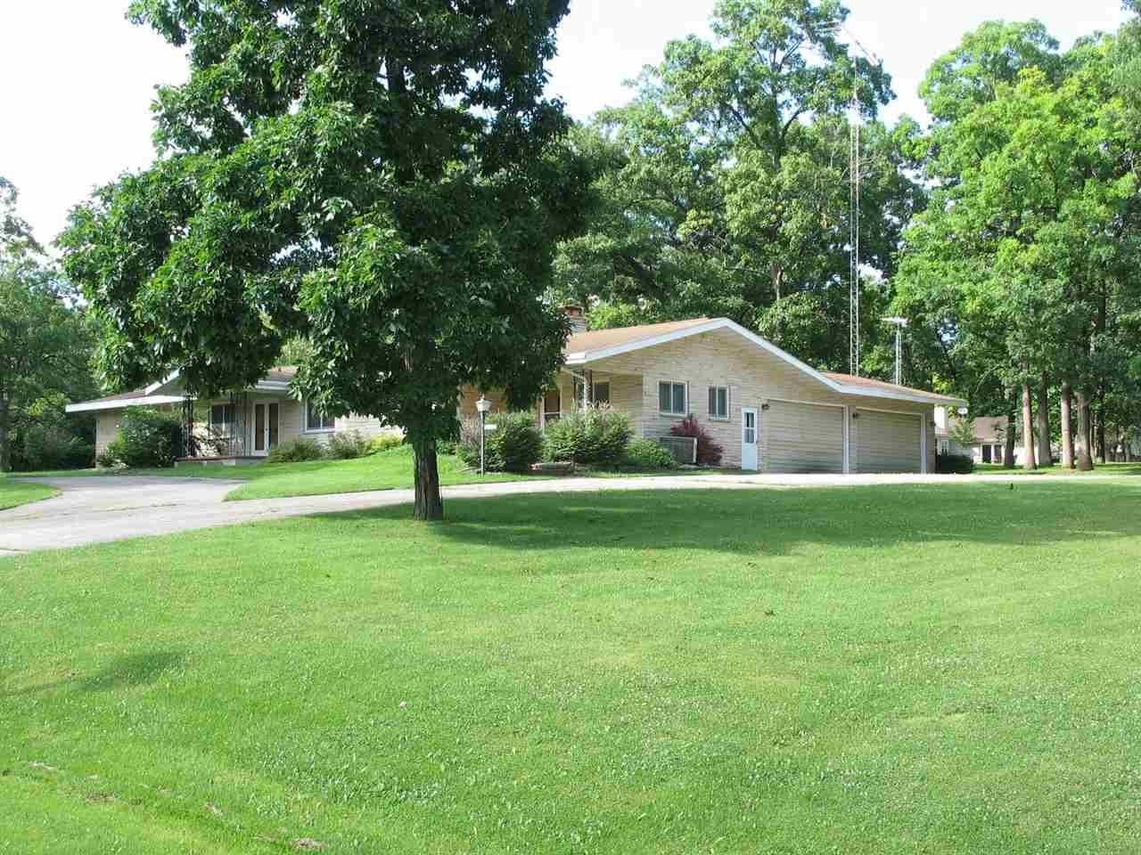 1796 CROWN Drive, Oshkosh, WI 54904 - MLS#: 50243961