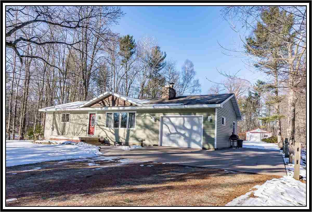 E8332 WEYAUWEGA Road, New London, WI 54961 - MLS#: 50230964