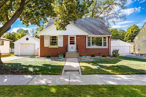 Photo of 1746 CARROLL Avenue, GREEN BAY, WI 54304 (MLS # 50226969)