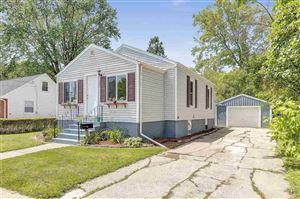 Photo of 206 CLEVELAND Street, GREEN BAY, WI 54303 (MLS # 50205974)