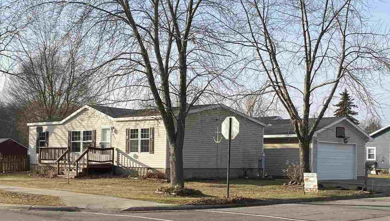 602 COLLINS Avenue, Oconto, WI 54153 - MLS#: 50232975