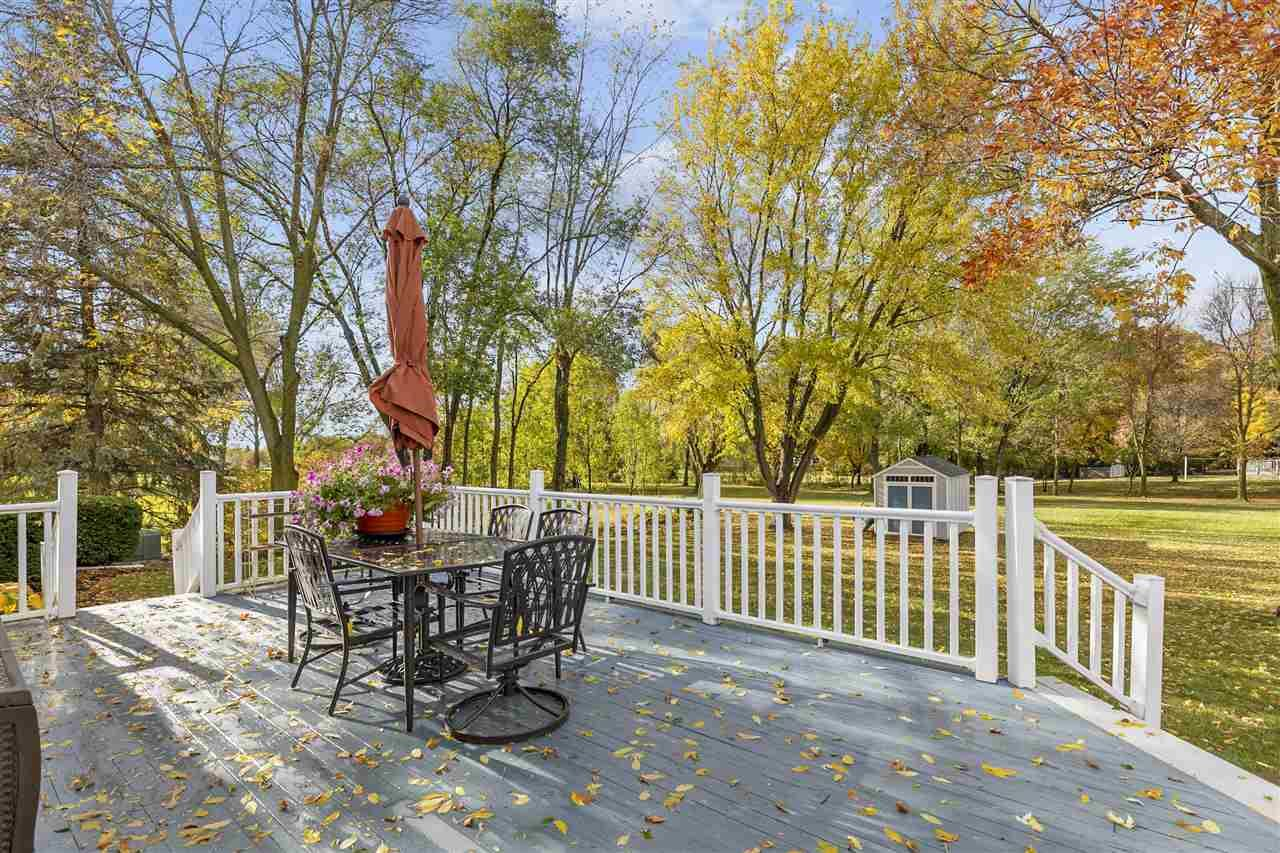 Photo of W4832 SPRING HILL Drive, SHERWOOD, WI 54169 (MLS # 50230980)