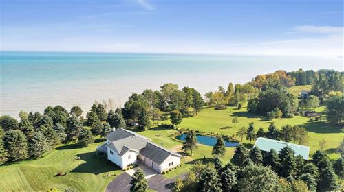 Photo of N2788 LAKESHORE Road, KEWAUNEE, WI 54216 (MLS # 50219986)