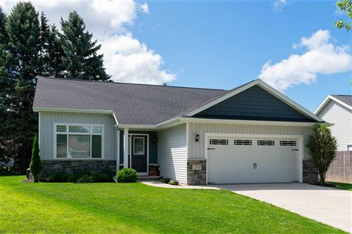 Photo of 2551 W SETTLERS Court, APPLETON, WI 54914 (MLS # 50226989)