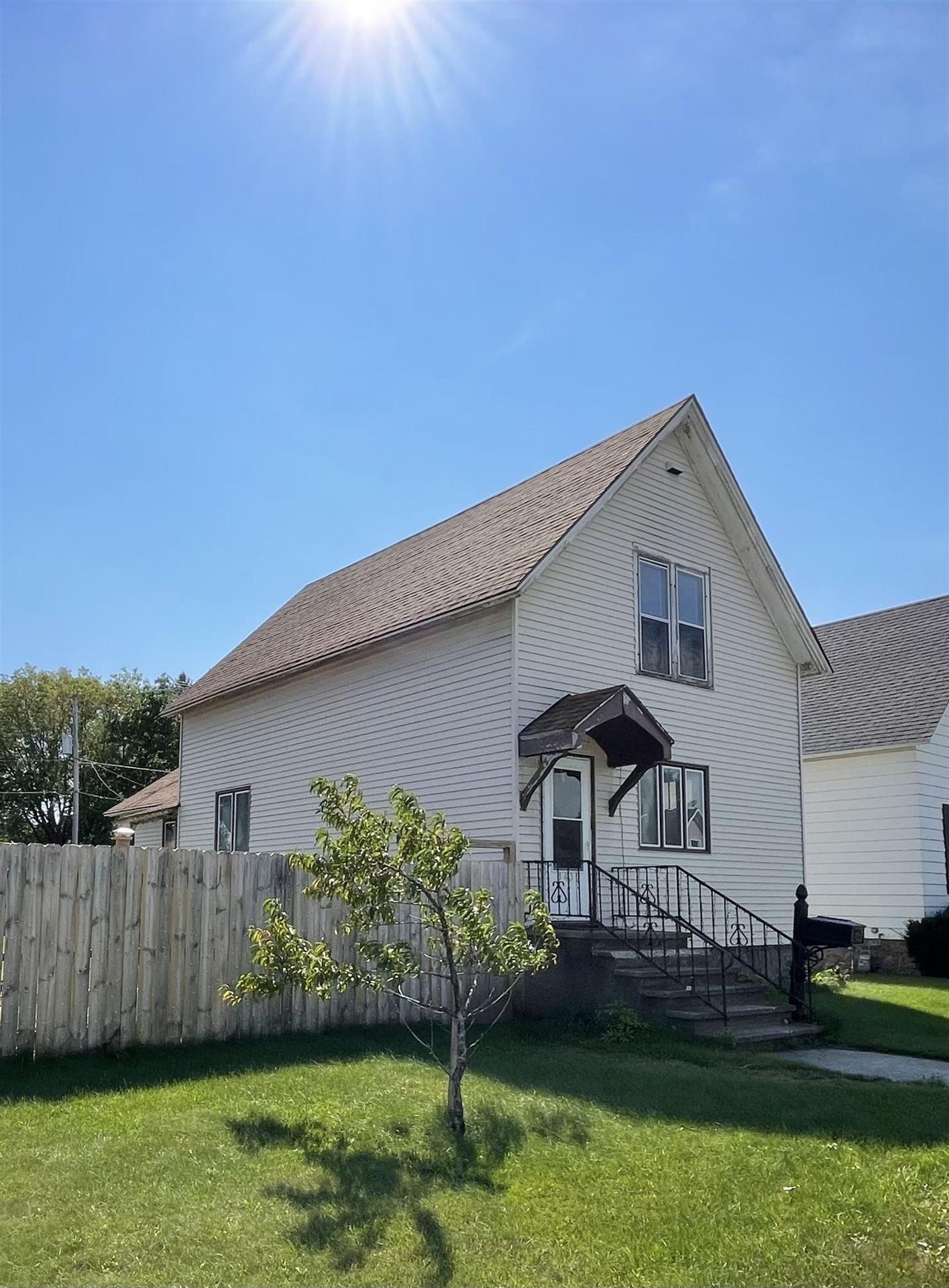 1431 GARFIELD Avenue, Marinette, WI 54143 - MLS#: 50246992
