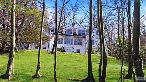 Photo of 100 Knapp Terrace, Leonia, NJ 07605 (MLS # 21008005)