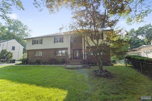 Photo of 293 Oakwood Drive, Paramus, NJ 07652 (MLS # 21032017)