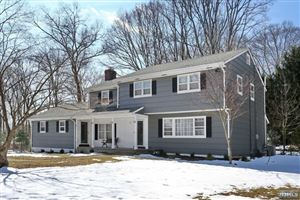 Photo of 7 Hickory Place, Upper Saddle River, NJ 07458 (MLS # 1910036)