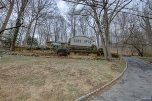 Photo of 54 Old Chimney Road, Upper Saddle River, NJ 07458 (MLS # 1909040)