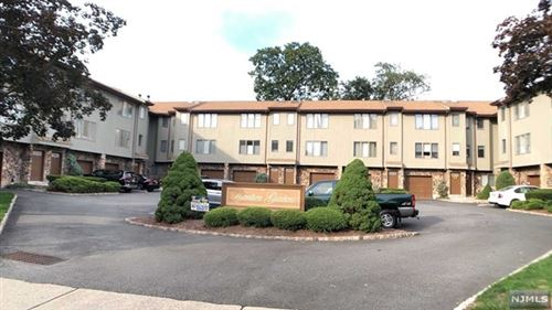 Photo of 290 Hamilton Place #26, Hackensack, NJ 07601 (MLS # 20038041)