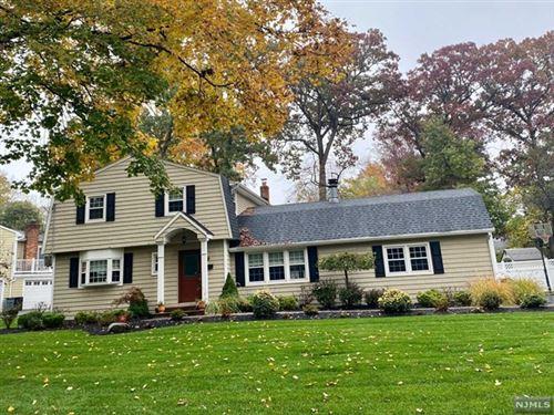 Photo of 9 Fredon Drive, Livingston, NJ 07039 (MLS # 20046051)