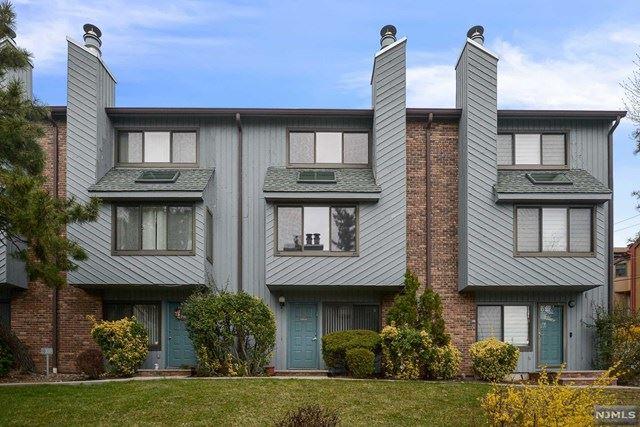 1549 John Street, Fort Lee, NJ 07024 - MLS#: 21012060