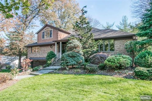 Photo of 500 Mildred Place, Oradell, NJ 07649 (MLS # 20000062)