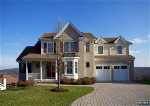 Photo of 5 Point View, Oakland, NJ 07436 (MLS # 21036076)