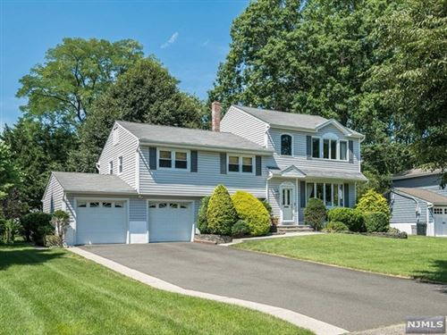 Photo of 17 De Young Road, Glen Rock, NJ 07452 (MLS # 20029097)