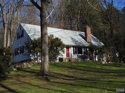Photo of 51 Old Stone Church Road, Upper Saddle River, NJ 07458 (MLS # 20051146)