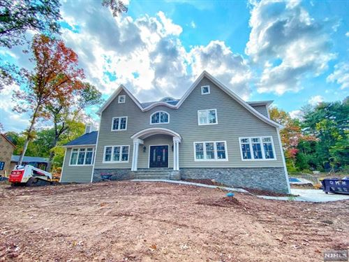 Photo of 212 Mulberry Way, Franklin Lakes, NJ 07417 (MLS # 20027157)