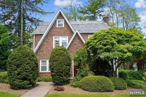 Photo of 206 Melrose Place, Ridgewood Village, NJ 07450 (MLS # 21019162)
