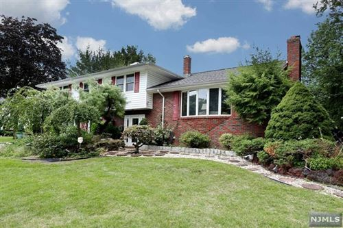 Photo of 495 Mildred Place, Oradell, NJ 07649 (MLS # 21038164)