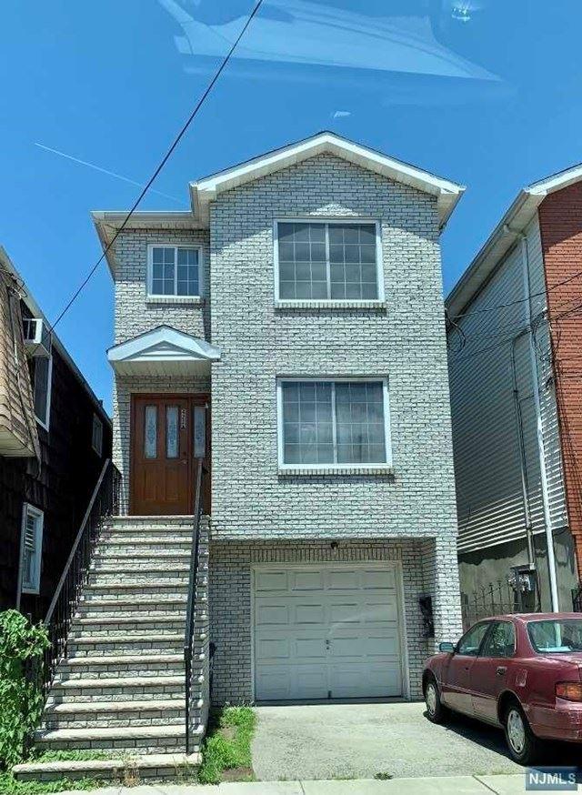 422A Warren Street, Harrison, NJ 07029 - MLS#: 21024191