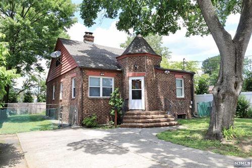 Photo of 11 West Englewood Avenue, Bergenfield, NJ 07621 (MLS # 21040192)