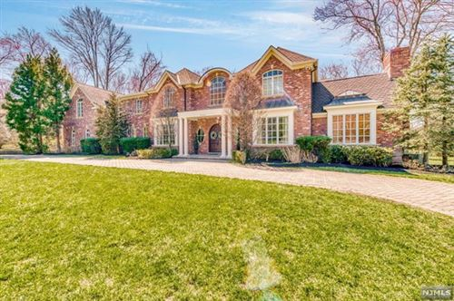 Photo of 356 Indian Trail Drive, Franklin Lakes, NJ 07417 (MLS # 21014194)
