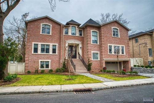 Photo of 203 Bluff Road, Fort Lee, NJ 07024 (MLS # 21000201)