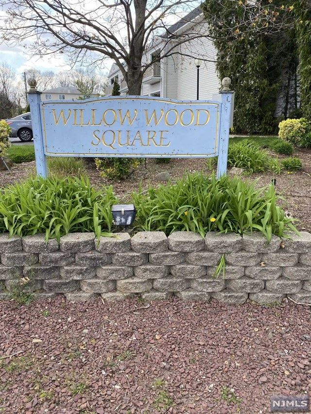 25 Willow Wood Square, East Rutherford, NJ 07073 - #: 20045209