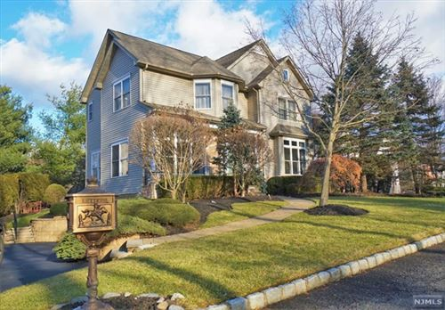 Photo of 10 Frederick Court, Park Ridge, NJ 07656 (MLS # 1954237)