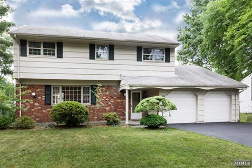 Photo of 10 Dogwood Court, Paramus, NJ 07652 (MLS # 20026237)