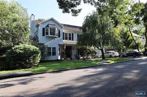 Photo of 8 Smith Terrace, Cresskill, NJ 07626 (MLS # 21039251)